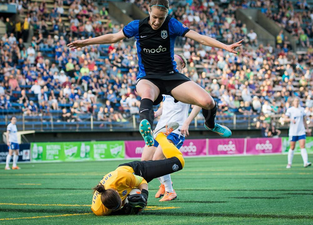 Reign FC Still Perfect