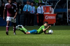 Fredy Montero not happy about a foul