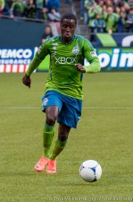 Eddie Johnson sprints down the pitch