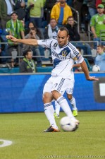 Landon Donovan tests halftime goalkeeper sub, Bryan Meredith