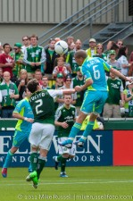 Sounders v Timbers: Alonso wins a header