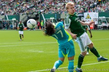 Sounders v Timbers: Montero flicks a header