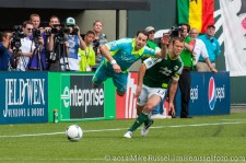 Sounders v Timbers: Zach Scott flying