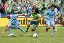 Seattle Sounders: Mauro gets chopped down