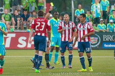 USOC Sounders-Chivas: Moreno argues Califf's yellow card