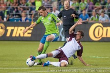 Sounders - Rapids: Marc Burch draws a foul from Hunter Freeman