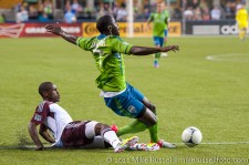 Sounders - Rapids: Zapata wins the balls from Johnson