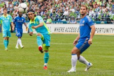 Sounders-Chelsea: Fredy Montero and Ivanovic