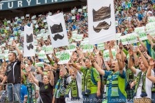 Sounders-Chelsea: Roger Levesque enters the match
