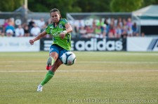 Sounders Women: Veronica Perez scores a great free kick