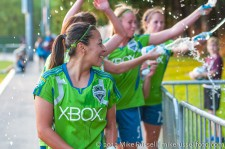Sounders Women: Veronica Perez and teammates shower the fans