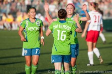 Sounders Women: Lyndsey Patterson celebrates her first goal