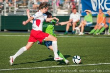 Sounders Women: Lyndsey Patterson scores her second goal a couple minutes later