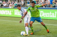 Sounders-LA Galaxy: Leo Gonzalez and AJ DeLaGarza