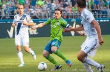 Sounders-LA Galaxy: Mauro Rosales and Landon Donovan
