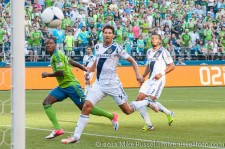 Sounders-LA Galaxy: Eddie Johnson watches his header go in