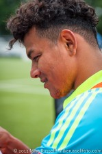 Sounders-Galaxy Reserves: Mario Martinez signs autographs