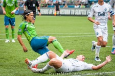 Sounders-Vancouver: Fredy Montero scores just minutes after subbing on