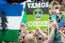 Sounders-Vancouver: Supporters celebrate Johnson's goal