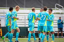 Sounders-Chivas Reserves: Eidur Gudjohnsen receives congrats from teammates