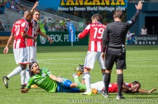 Sounders-Chivas: Fredy Montero and Nick LaBrocca