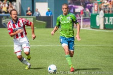 Sounders-Chivas: Ozzie Alonso and Laurent Courtois