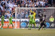 Sounders-Whitecaps: Michael Gspurning punch save