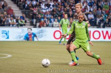 Sounders-Whitecaps: Ozzie Alonso and Barry Robson