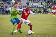 Sounders-Timbers: Christian Tiffert and Franck Songo'o