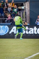 Sounders-Timbers: Mauro Rosales celebrating EJ's goal