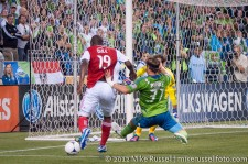Sounders-Timbers: Bright Dike and Jeff Parke
