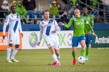 MLS Playoffs - Sounders v LA: David Beckham and Osvaldo Alonso
