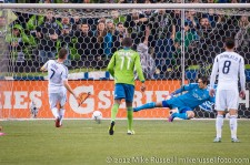 MLS Playoffs - Sounders v LA: Robbie Keane scores the penalty kick