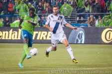 MLS Playoffs - Sounders v LA: Eddie Johnson shoots and misses high