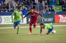 MLS Playoffs Sounders-RSL: Brad Evans is tripped up
